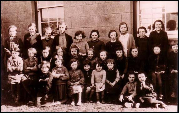 Dunsford Girls 1938